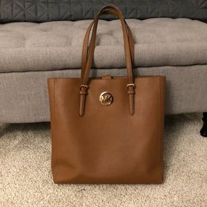 Michael kors brown leather bag